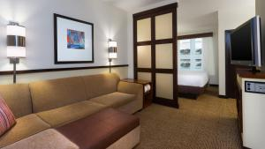 King Room with Sofa Bed - High Floor