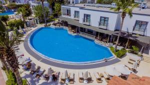 Costa 3S Beach Club - All Inclusive, Szállodák  Bitez - big - 106
