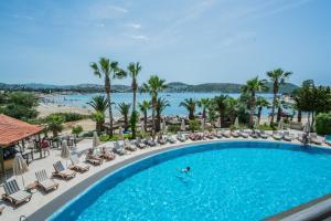 Costa 3S Beach Club - All Inclusive, Szállodák  Bitez - big - 49