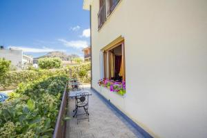 Villa Margherita, Bed and Breakfasts  Cefalù - big - 73