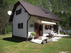 Počitniška Hiša Lepena
