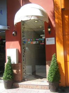 Scotty's Boutique Hotel, Hotel  Sofia - big - 49