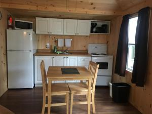 Cloverleaf Cottages, Case vacanze  Oxtongue Lake - big - 52