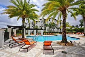 NUOVO Miami Apartments at Doral-Airport
