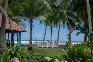 Pelican Beachfront Hotel, Esterillos Este
