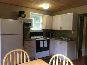 Cloverleaf Cottages, Case vacanze  Oxtongue Lake - big - 54