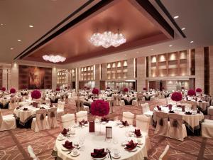 New World Dalian Hotel, Отели  Далянь - big - 22