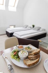 Light Rooms Apartment, Apartments  Kraków - big - 34