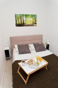 Light Rooms Apartment, Apartments  Kraków - big - 42