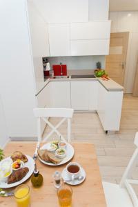 Light Rooms Apartment, Apartments  Kraków - big - 72