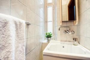 Rustic Apartment Via Venezia, Ferienwohnungen  Rom - big - 32
