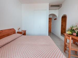 Hotel Villa Miralisa, Отели  Искья - big - 16