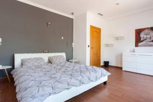 Just Relaxed Holidays in Spain, Guest houses  La Marina - big - 3