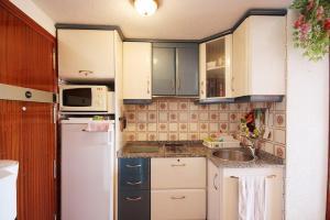 Apartamento Voramar, Apartmanok  Calpe - big - 8