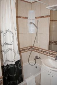 Apartments Mirage, Apartments  Novalja - big - 4