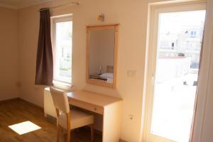 Apartments Mirage, Apartments  Novalja - big - 10