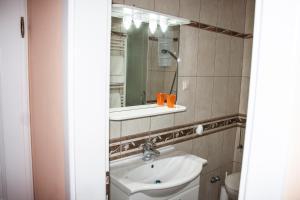 Apartments Mirage, Apartments  Novalja - big - 15