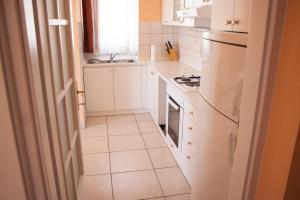 Apartments Mirage, Apartments  Novalja - big - 18