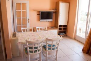 Apartments Mirage, Apartments  Novalja - big - 19