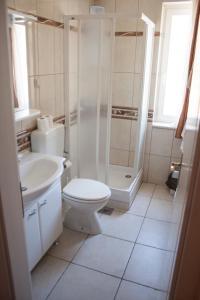 Apartments Mirage, Apartments  Novalja - big - 20