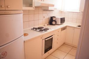 Apartments Mirage, Apartments  Novalja - big - 22