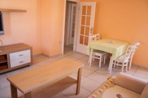 Apartments Mirage, Apartments  Novalja - big - 23