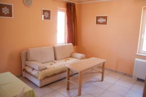 Apartments Mirage, Apartments  Novalja - big - 26