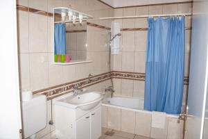 Apartments Mirage, Apartments  Novalja - big - 30