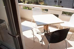 Apartments Mirage, Apartments  Novalja - big - 38