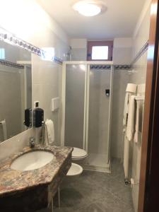 Hotel Garni Enrosadira, Hotely  Vigo di Fassa - big - 41