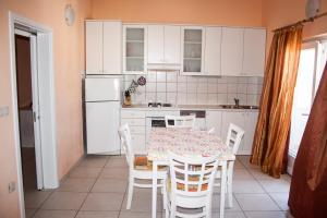 Apartments Mirage, Apartments  Novalja - big - 43