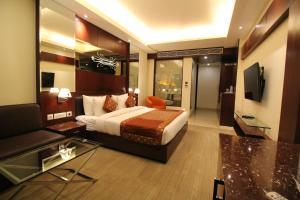 Hotel Golden Grand, Hotels  New Delhi - big - 28