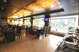 Hotel Golden Grand, Hotels  New Delhi - big - 39