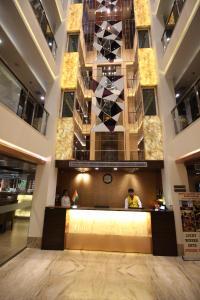 Hotel Golden Grand, Hotels  New Delhi - big - 68