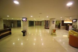 Hotel Golden Grand, Hotels  New Delhi - big - 69