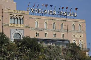 Excelsior Palace Hotel - AbcAlberghi.com
