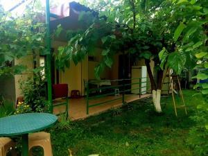 Guest House Villa, Гостевые дома  Кварели - big - 32