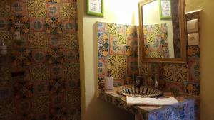 Riad Le Cheval Blanc, Bed and breakfasts  Safi - big - 14