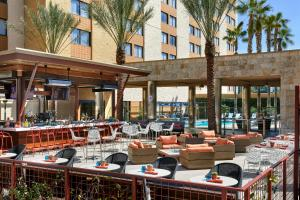 Los Angeles Marriott Burbank Airport, Hotel  Burbank - big - 38