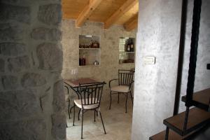 Villa Kudelik - Stone Story, Bed and breakfasts  Trogir - big - 86