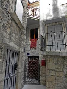 Villa Kudelik - Stone Story, Bed and breakfasts  Trogir - big - 89