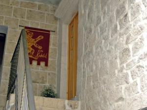 Villa Kudelik - Stone Story, Bed and breakfasts  Trogir - big - 91
