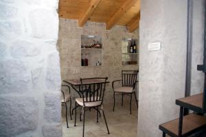 Villa Kudelik - Stone Story, Bed and breakfasts  Trogir - big - 92