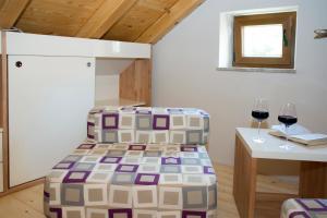 Villa Kudelik - Stone Story, Bed and breakfasts  Trogir - big - 110