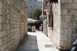Villa Kudelik - Stone Story, Bed and breakfasts  Trogir - big - 114