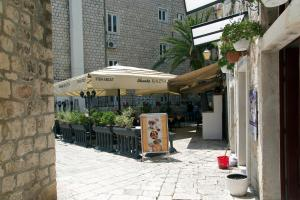 Villa Kudelik - Stone Story, Bed and breakfasts  Trogir - big - 115