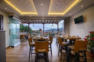 Athos Thea Luxury Rooms, Apartmány  Sarti - big - 38