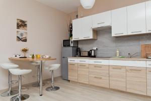 Light Rooms Apartment, Apartments  Kraków - big - 80