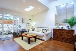 Charming Inner City Heritage Home - Stylist Living