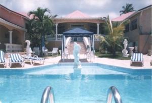 Sun Caraibes, Villas  Orient Bay - big - 7